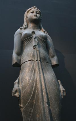 [Photo] Reine vêtue en Isis (2)