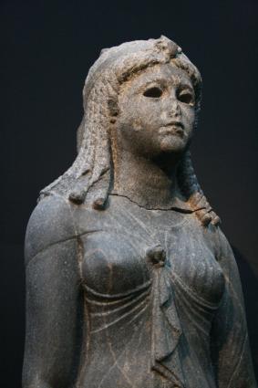 [Photo] Reine vêtue en Isis (4)