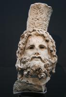 [Photo] Tête de Sérapis avec Calathos (1)