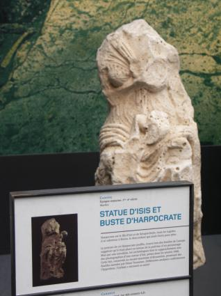 [Photo] Statue d'Isis