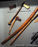 [Photo] Haches et armes de guerres