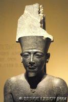 [Photo] Statue d'Horemheb