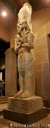 [Photo] Haute statue de Ramsès II