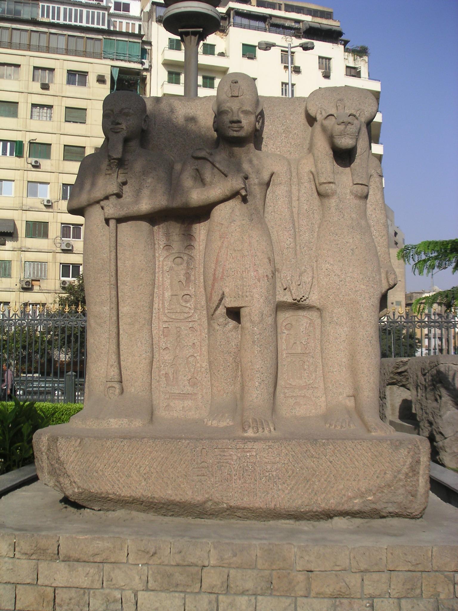 les triades dans la mythologie 233gyptienne